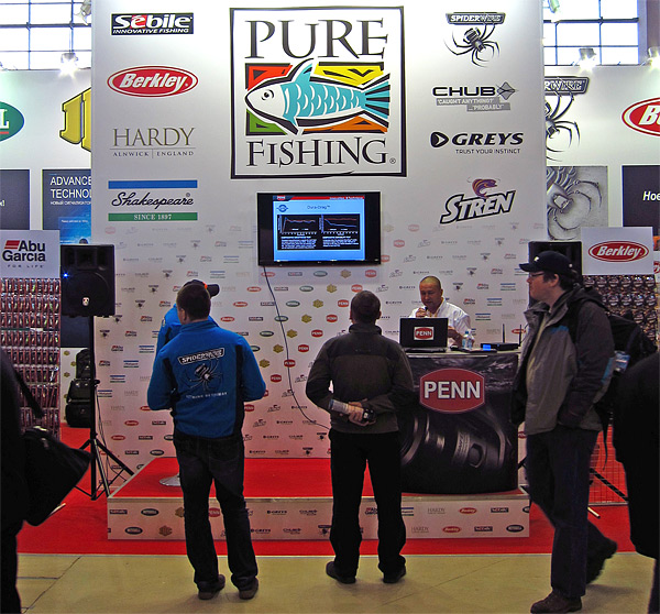 pure fishing moscow 2014