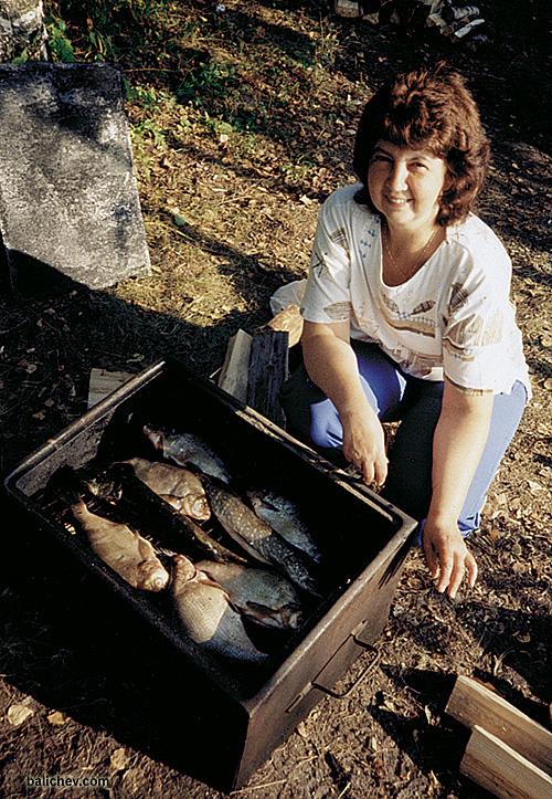 дама с рыбой