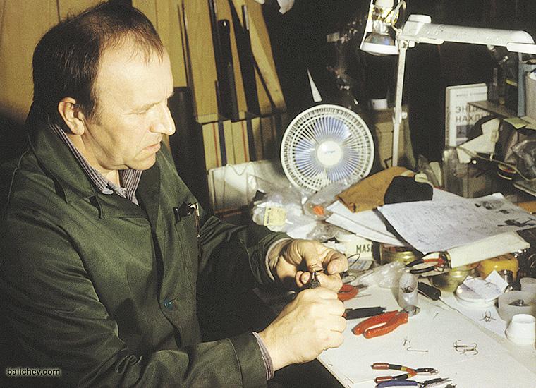 петр михайлович моталов в мастерской