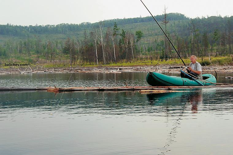 рыболов на бурее