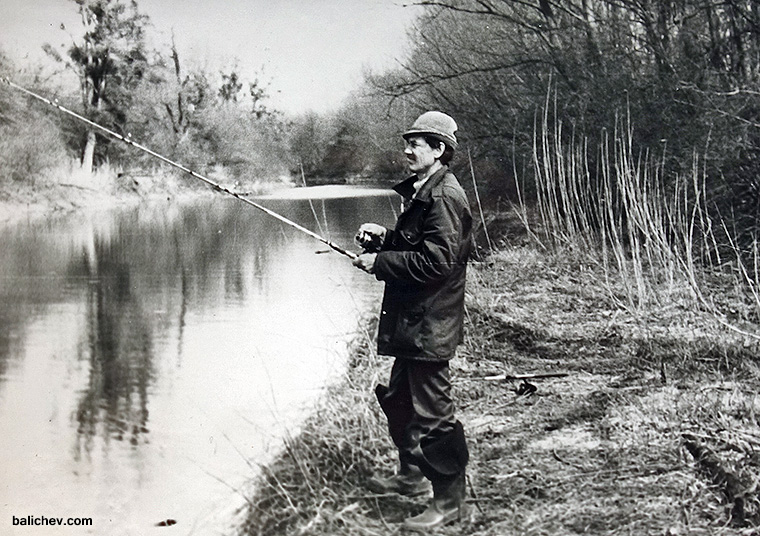 рыболов на старице