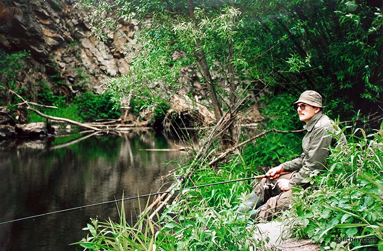 ловля с поплавком на малых водоемах