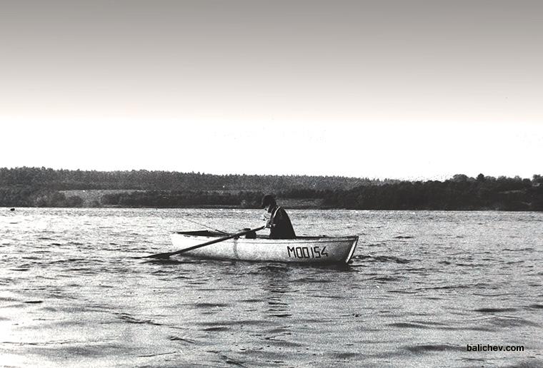 лодка гребная кефаль с базы мооир